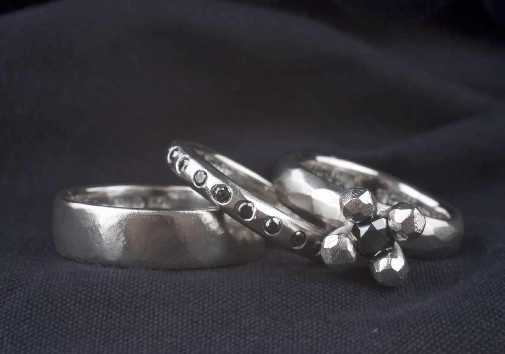 Ringar designade av Elin Ryd.